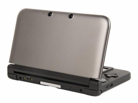440x330-nintendo-3ds-xl-back